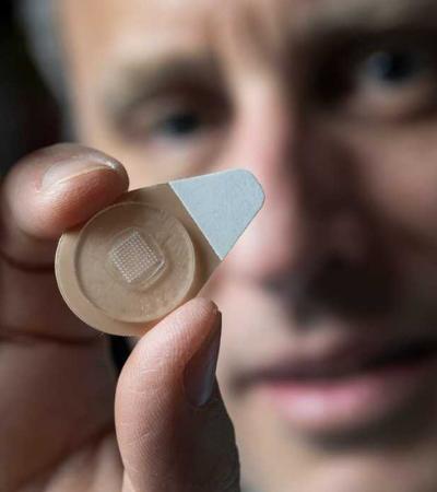 Adesivo contraceptivo dura até um mês. E só precisa ser usado por segundos