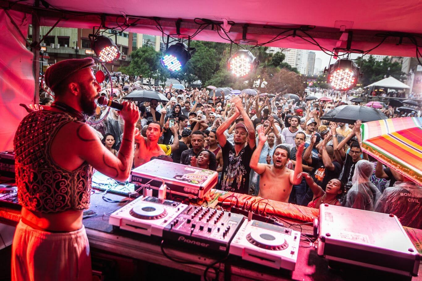 DJ Rodrigo Bento volta com a Pilantragi semanal