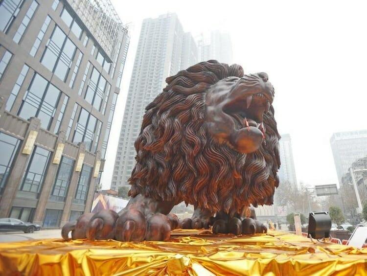 leão de madeira 4
