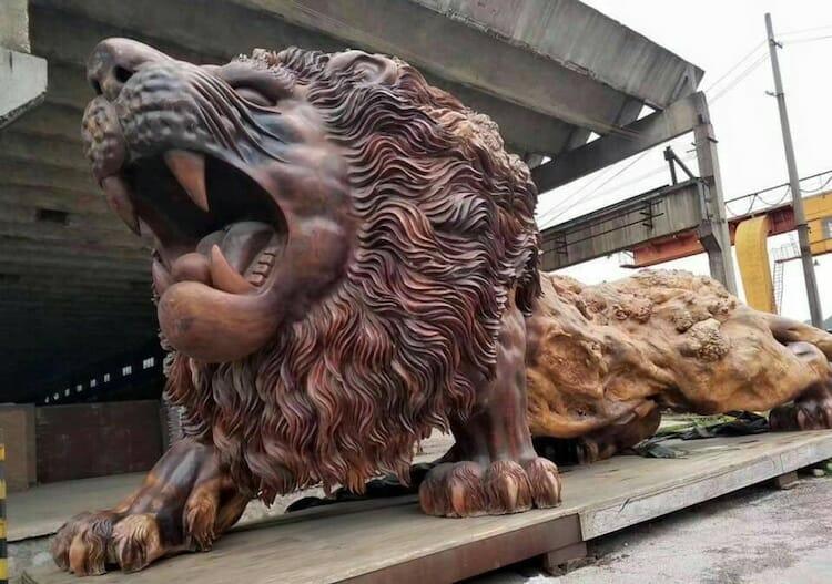 leão de madeira 6