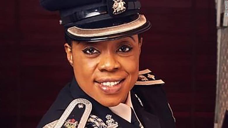 policial nigeriana homofobia 1