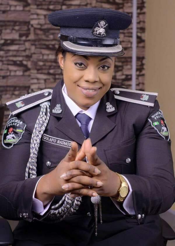 policial nigeriana homofobia 3