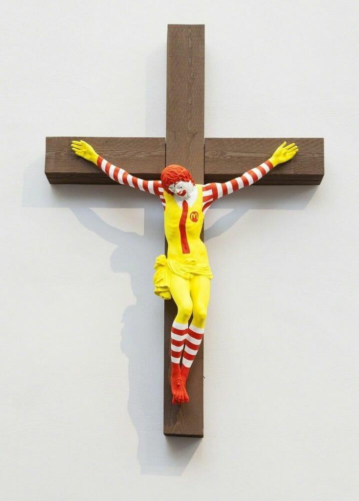 ronald mcdonald crucificado 1