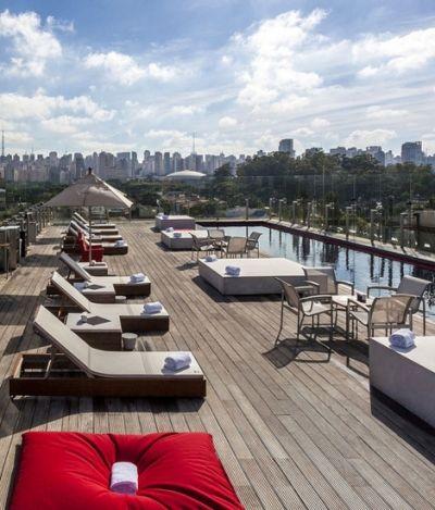 3 bares com piscina para curtir o melhor do verão paulistano