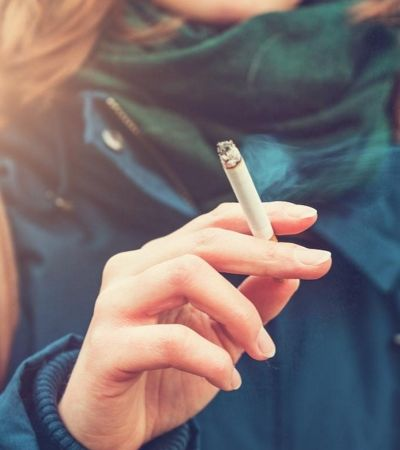 Havaí propõe lei que proibirá a venda de cigarros para menores de 100 anos