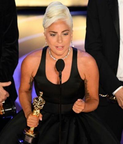 'Um namorado que disse que eu nunca seria bem sucedida': desabafo de Lady Gaga representa muitas mulheres