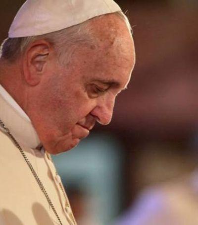 Papa admite que Vaticano submetia freiras a escravidão sexual