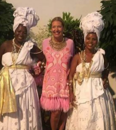 Diretora de redação da 'Vogue Brasil' pede demissão após festa racista