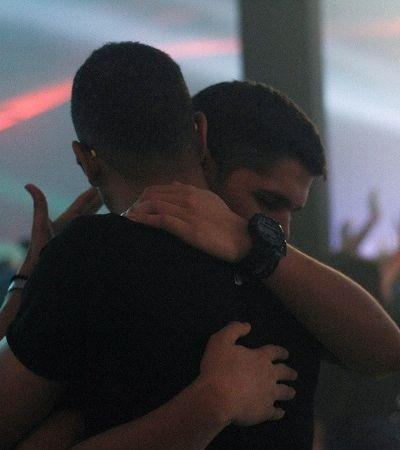 Homofobia, ataques e ameaças estão fazendo LGBTs deixarem o Brasil às pressas