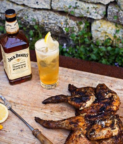 'Jack Honey and Lemonade' prova que whiskey também combina com verão