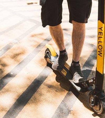 Homem leva patinete compartilhado para casa e é detido pela polícia