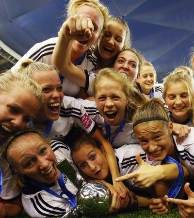 Adidas vai pagar mesma premiação às mulheres que pagou aos homens na Copa