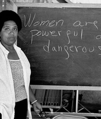 Autocuidado, burnout e feminismo: 'que sentido tem a revolução, se não podemos dançar?'