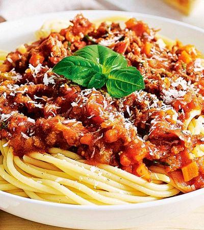 Prefeito de Bolonha diz que espaguete à bolonhesa é 'fake news'