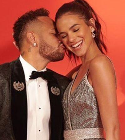 Após polêmicas, Neymar defende Marquezine nas redes sociais: 'Sei quem você é'