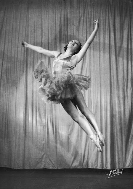 bailarina matou nazista 5