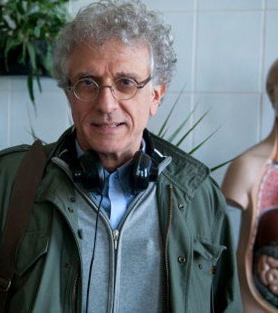 Para psicanalista Contardo Calligaris, Brasil tem 'predisposição para a paranoia disseminada'