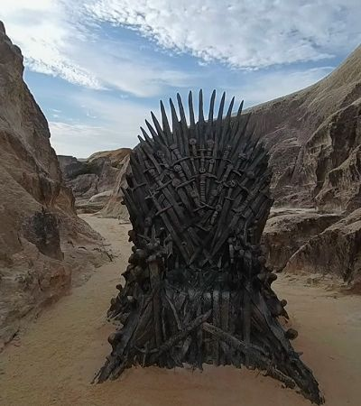 Essas são as fotos dos tronos de GOT espalhados pelo mundo, incluindo o Brasil
