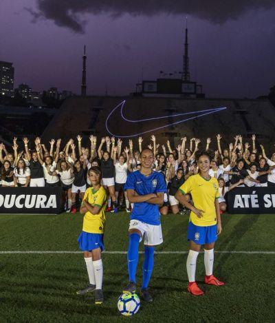 Colamos no lançamento da primeira camisa exclusiva da seleção feminina de futebol