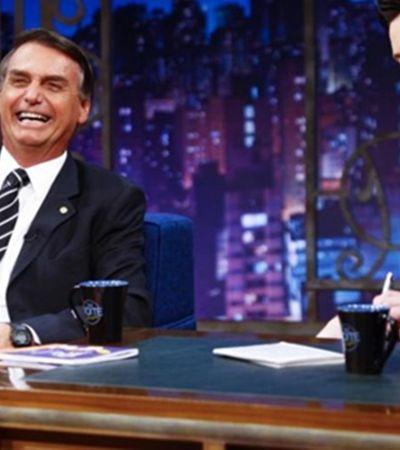 'São piadas': Bolsonaro defende Danilo Gentili após pedido de prisão