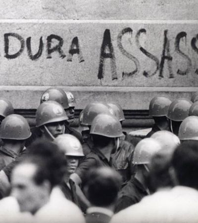 Editora vende livros sobre golpe militar de 1964 com 50% e e-books a R$ 1,99