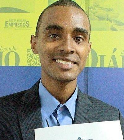 Brasileiro que chegou recolher papelão cursa doutorado em filosofia no Chile