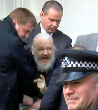 As implicações da prisão de Julian Assange para a transparência global de dados