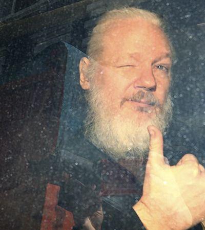 Políticos brasileiros milionários, pedofilia, nazistas no Exército dos EUA: As revelações de Assange ao ser preso