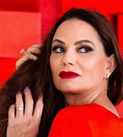 Luiza Brunet vai protagonizar campanha de Damares contra suicídio