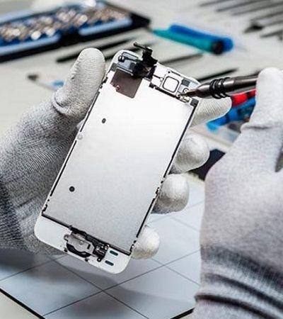 Nova lei diz que assistência terá de emprestar smartphone enquanto faz conserto