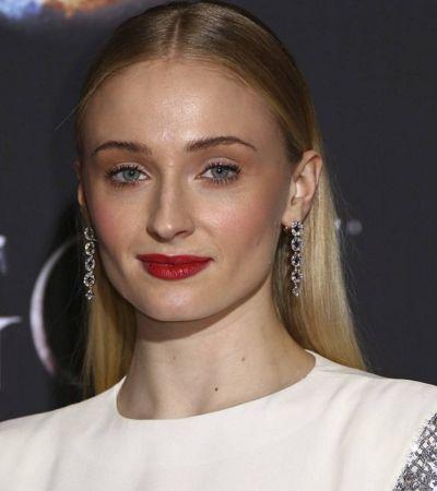Atriz que interpreta Sansa Stark em 'Game Of Thrones' revela lutar contra depressão há 5 anos