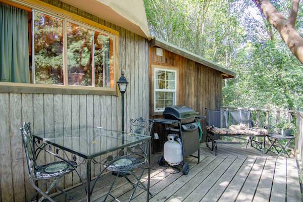 cabana popular airbnb 3