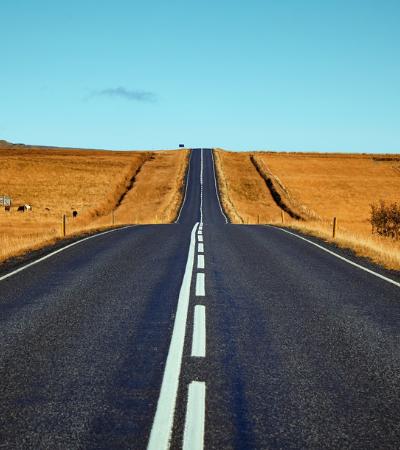 A primeira estrada feita a partir de resíduos de plástico foi inaugurada nos EUA