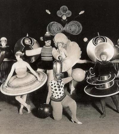 Conheça as incríveis festas à fantasia que eram organizadas pela Bauhaus