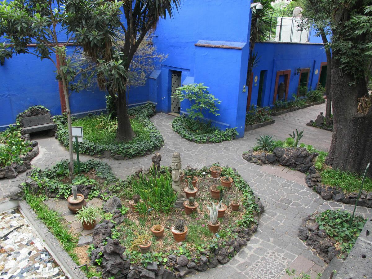 jardim de frida kahlo 3
