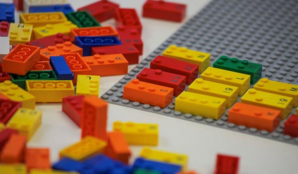 lego braille bricks 2