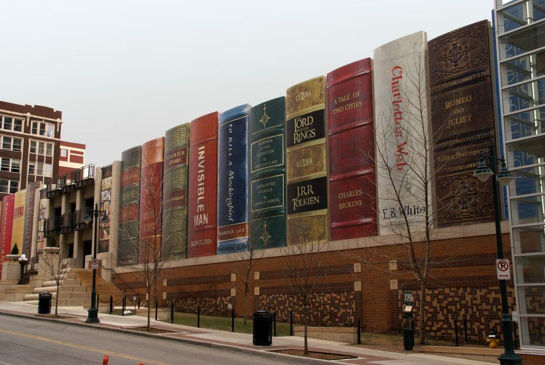 livros gigantes biblioteca 5