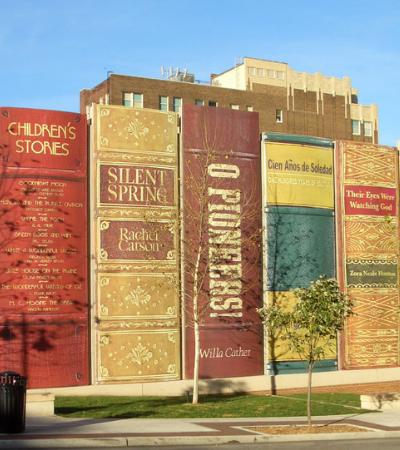 A Biblioteca Municipal do Kansas é uma linda homenagem aos livros