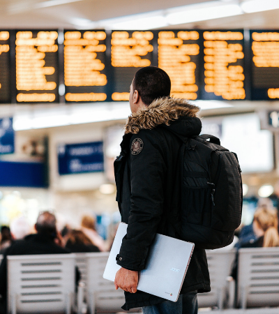 Nova plataforma criada no MIT encontra os voos mais baratos do mundo