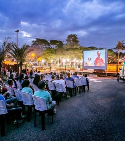 Cinesolar circula pelo Brasil espalhando a sétima arte de forma sustentável