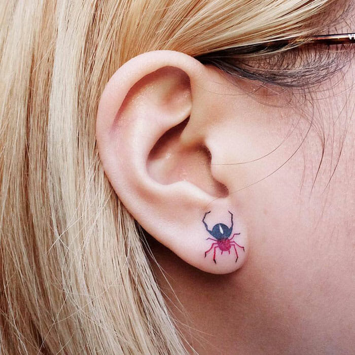 tatuagem de orelha 11