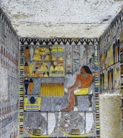 Arqueólogos descobrem túmulo egípcio de 4 mil anos que parece recém pintado
