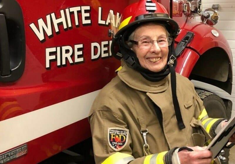 vovó voluntária bombeiros 1