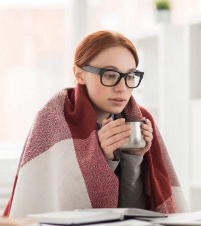 Pesquisa diz que ar condicionado gelado prejudica produtividade de mulheres