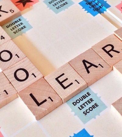 MEC cria curso de inglês online e gratuito que oferece até diploma