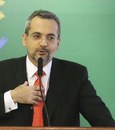 Mais balbúrdia: UFRJ descobre vírus mayaro, 'primo' do chicungunha