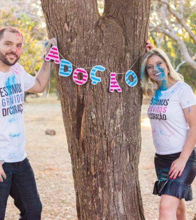'Grávidos do coração': Casal faz ensaio lindo para comemorar adoção