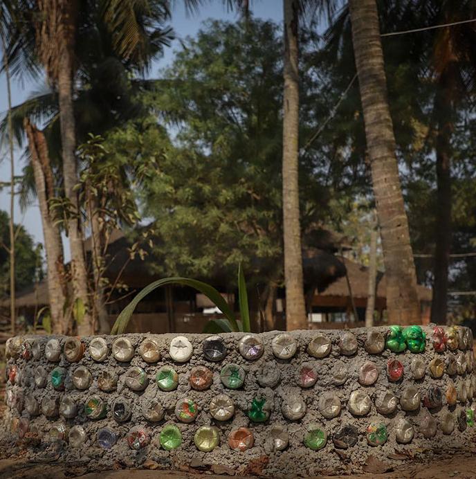 escola índia plástico 8