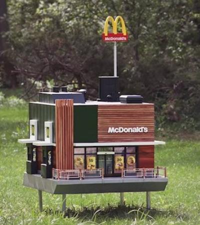 Mc Honey Feliz: Para lembrar importância de abelhas, McDonald's cria restaurante-colmeia