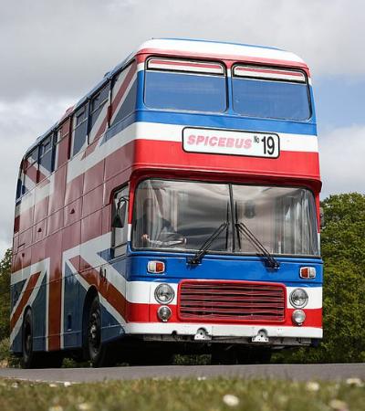 Wannabe: Ônibus original das Spice Girls está disponível para locação no Airbnb